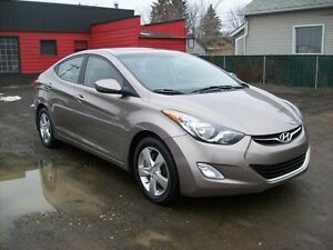 2012 Hyundai Elantra AUTOMATIC/LOW KMS/EASY FINANCE