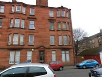 Traditional 2 bedroom 2nd floor flat located in Torrisdale Street Strathbungo - Available 01-07-2018