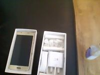 Samsung S6 Gold 32 gb , Unlocked to all networks - New condition - SIM FREE