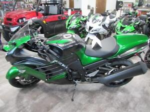 Coopers has 2018 Ninja ZX 14, $4000 off and 4 yrs warranty!