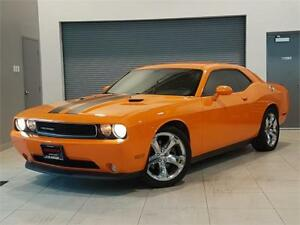 2012 Dodge Challenger SXT **NAVIGATION-LEATHER-NEW TIRES**