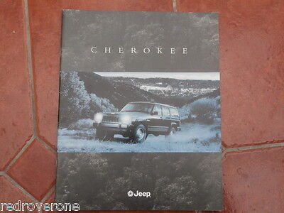 Jeeo Cherokee brochure .1996. Collectors condition.