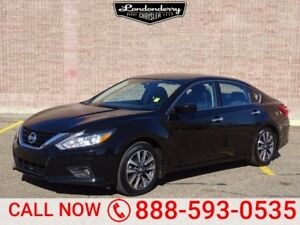 2017 Nissan Altima SV Accident Free,  Sunroof,  Back-up Cam,  Bl