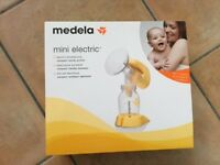 Medela Mini Electric Breast Pump - In Perfect Condition - Comes with Plenty of Extras!