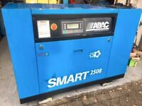 ABAC SM25 SCREW TYPE QUIET INDUSTRIAL AIR COMPRESSOR