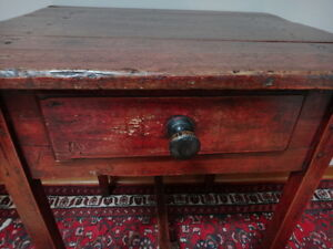 Quebec Pine Side Table c. 1870 West Island Greater Montréal image 2