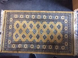 Authentic Woolen Persian Rug. Bought in the Middle East, 5ft x 3ft, great condition Gold and black