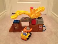 Fisher Price Little People Construction Worksite