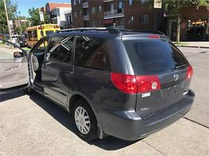 TOYOTA SIENNA ,2006  AIR CLIMATISE, 7 PASSAGERS , CRUISE  4199$