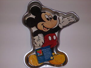 mickey mouse cake pan wilton mickey mouse unlimited disney cake pan mold 5879