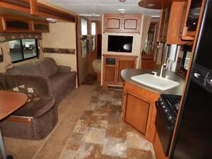 TRAILER RENTAL - Jayco White Hawk Ultra light 28 DSBH Trailer