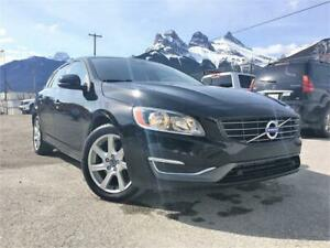 2015 Volvo V60 T5 AWD | CLEAN CARFAX | BLIS | LOW KMS | EXT WARR