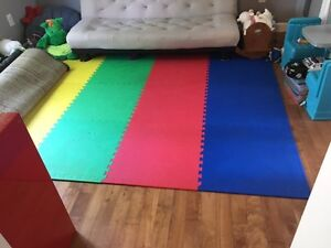 12 Playmats (Blue, Red, Yellow, Green)