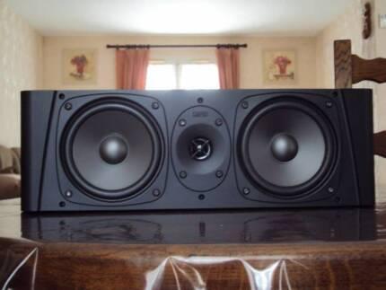 Jamo 18 and 28 speakers