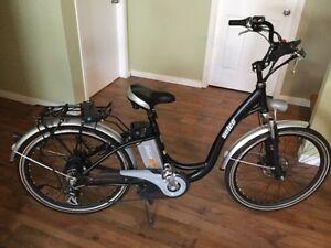 Vélo électrique neuf pour femme (profil classique)