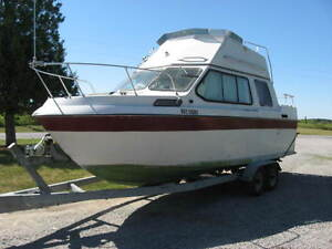 BOAT TRAILER AND DRIVER AVAILABLE Peterborough Peterborough Area image 2