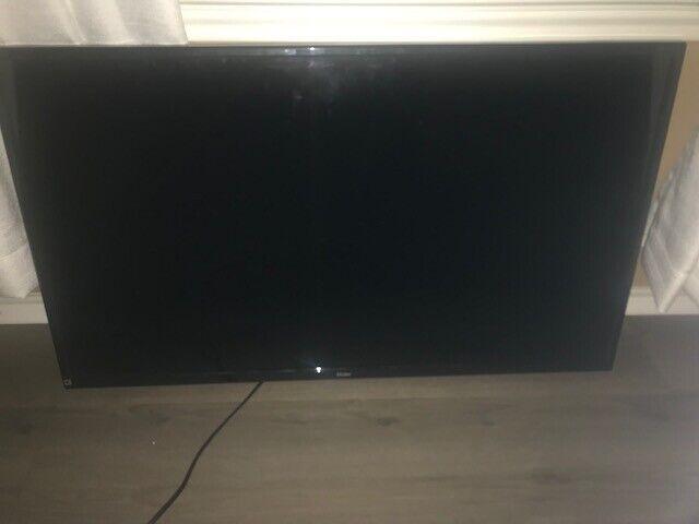"""Haier 39F2000 39"""" 720p LED HD TV"""