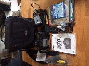 Nikon D70S DSLR Camera + 70-300 + 18-70 Lenses + Speed Flash