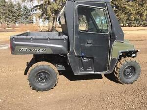 Polaris 800 with cab, heater and Tracks