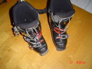 rossignol  245,,,,2 photos,pour ski alpin,,,tres propre