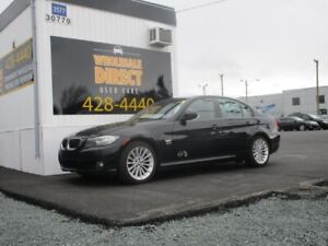 2011 BMW 3 Series SEDAN 328Xi 6 SPEED 3.0 L*COMES WITH SPARE SET