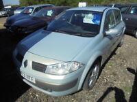 Renault Megane DYNAMIQUE 1.6 16V (silver) 2003