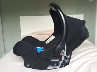 Britax Romer Stage 1 Car Seat, Britax Isofix Base and Britax Belted Base (will separate)