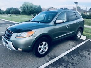 2009 HYUNDAI SANTA FE..FULLY LOADED..LADY DRIVEN..NEW TIRES!!