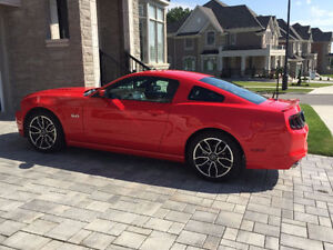 2014 Ford Mustang GT Coupe Premium Coupe (2 door)