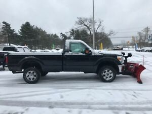 2015 Ford F250 XLT Pickup Truck with Plow - financing available