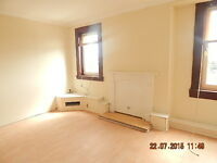 A Large two 2 Bedroom flat for rent - Paisley Road 204, flat 3/1, Renfrew, PA4 8DS