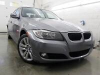 2011 BMW 323i CUIR NOIR TOIT OUVRANT 82,000KM $13,995