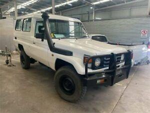 2002 Toyota Landcruiser HDJ78R (4x4) 11 Seat White 5 Speed Manual 4x4 TroopCarrier Lilydale Yarra Ranges Preview