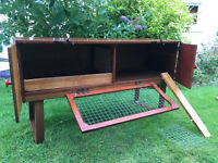 Small animal hutch suitable for 2 guinea pigs, 1 rabbit or 2 rats.