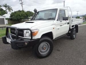 2014 Toyota Landcruiser VDJ79R MY12 Update Workmate (4x4) White 5 Speed Manual Cab Chassis Bungalow Cairns City Preview