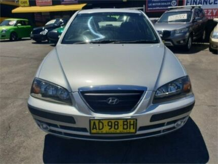 2004 Hyundai Elantra XD 2.0 HVT Silver 4 Speed Automatic Sedan Cardiff Lake Macquarie Area Preview