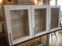 KITCHEN WALL CUPBOARDS _ WHITE GLASS FRONTED 500mm