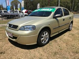 2005 Holden Astra TS Classic Gold 5 Speed Manual Hatchback Clontarf Redcliffe Area Preview