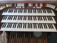 FOR SPARE PARTS Rodgers Trio Organ