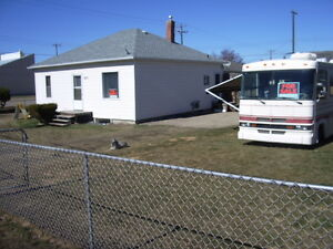 900 sq.ft. Bungalow Large Fenced Yard w/ RV Parking, Large Shed