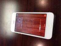 Iphone 5 white -- Unlock-- 16 GB