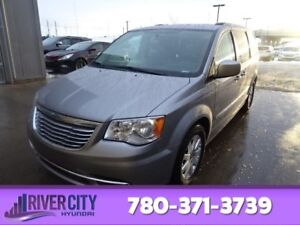2014 Chrysler Town & Country TOURING Back-up Cam,  Bluetooth,  A