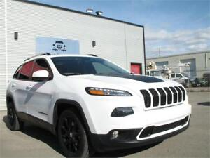 2014 JEEP CHEROKEE NORTH FWD, PANO ROOF, HEATED SEATS