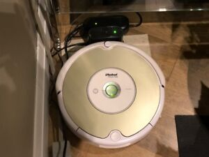 Rumba Carpet and Floor Cleaner in Excellent Working Conditon