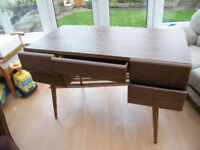 Beautiful unused desk, extreme heavy and in need of minor attention!