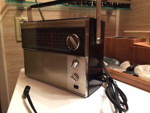 Vintage Motorola  Multi-Band Radio - Hard to Find - Works Great!