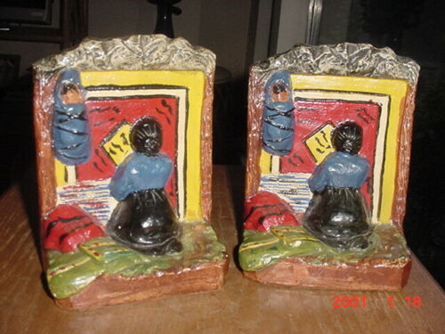 1930S NAVAJO RUG WEAVER BOOKENDS BY IMPORTANT PUEBLO INDIAN ARTIST RED ROBIN