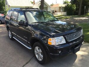 2005 Ford Explorer Limited- 6 MONTHS WARRANTY!