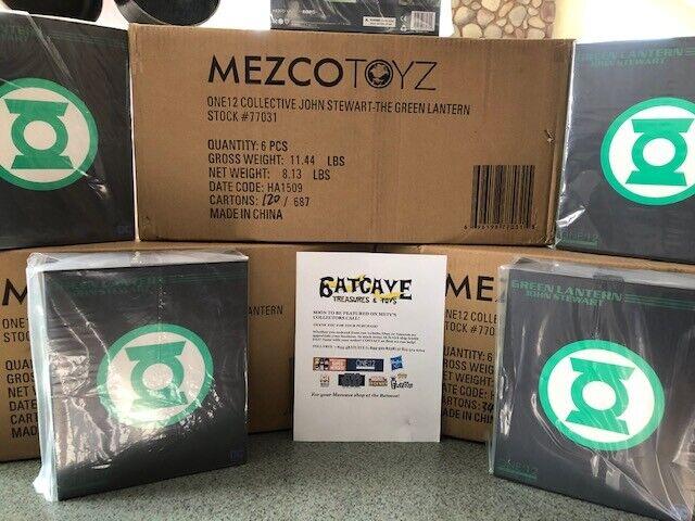Mezco ONE 12 John Stewart Green Lantern 6 inch action figure