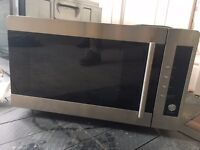 Silver Microwave in great condition